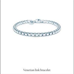 Tiffany & Co. Venetian Link S. Silver Bracelet